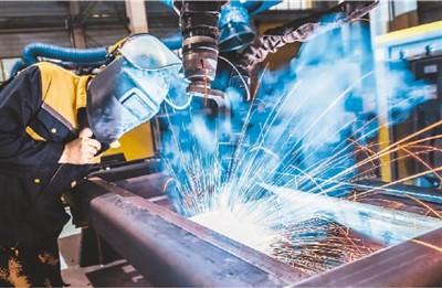 经济运行情况 工业生产平稳增长 7月我国经济运行稳定恢复
