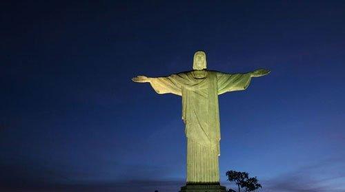 巴西巨型发电塔