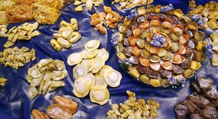 Different types of pasta are displayed at the Alimentaria trade show in Barcelona March 25, 2010.[Agencies]