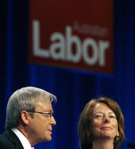 Australia'sPrimeMinisterKevinRuddandDeputyPrimeMinisterJuliaGillardattendtheLaborPartyconferenceatDarlingHarbourinSydneyinthisJuly30,2009.GillardbecameAustralia'sfirstfemaleprimeministeronJune24,2010afterRuddsteppeddownbeforealeadershipballot.(Xinhua/ReutersFilePhoto)