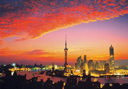 The vast influx of visitors for the Expo 2010 Shanghai since its May 1 opening have greatly improved the fortunes of the city's tourist attractions.