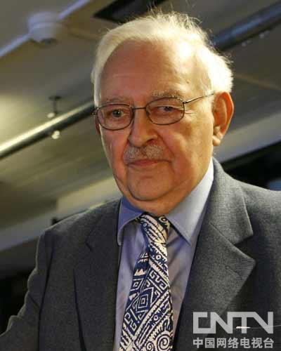 美国著名社会学家,耶鲁大学社会学教授,《现代世界体系》作者