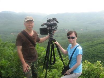 美女记者张世敏与摄影师王红军