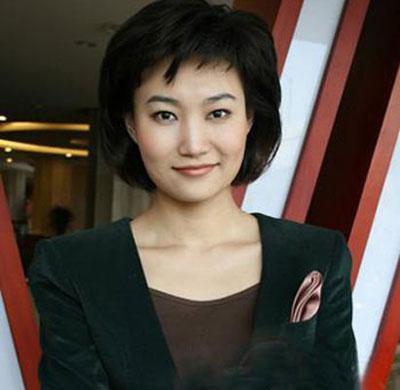 央视女主播所有名单_新闻女主播联手主持 李梓萌变身时尚靓女--央视