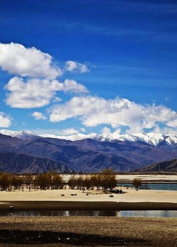 西藏之旅:暖春三月 追寻雪域高原上的碧玉