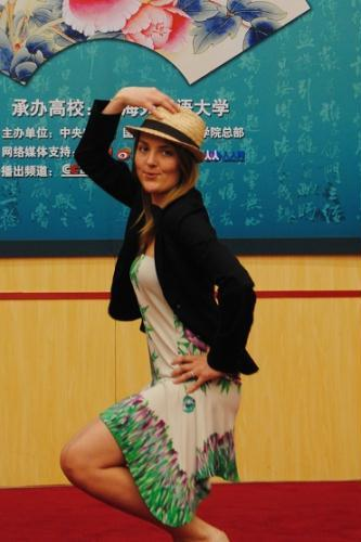 拉脱维亚美女玛尔塔歌舞剧表演
