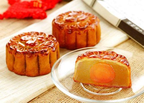 旅游频道 旅游台首页    自来红,自来白月也叫丰收饼,因为此有红和白