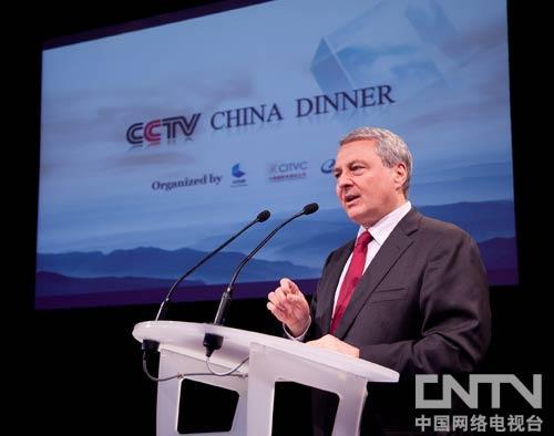 戛纳电视节组委会主席、ReedMidem首席执行官保罗•齐尔克在晚宴上致辞