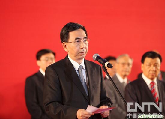 广东省委副书记、省长朱小丹在第八届文博会开幕式上致辞