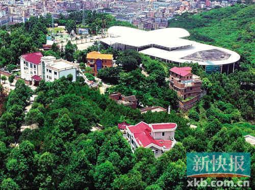 东莞国家森林公园惊现22栋私人别墅:明知违规管不了