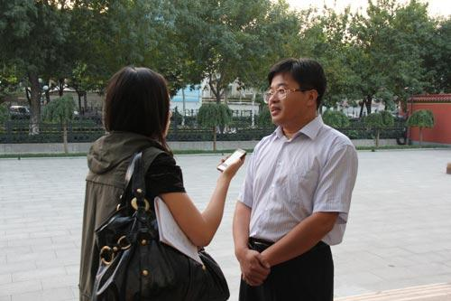 央视网记者采访扳倒井公司副总经理张辉