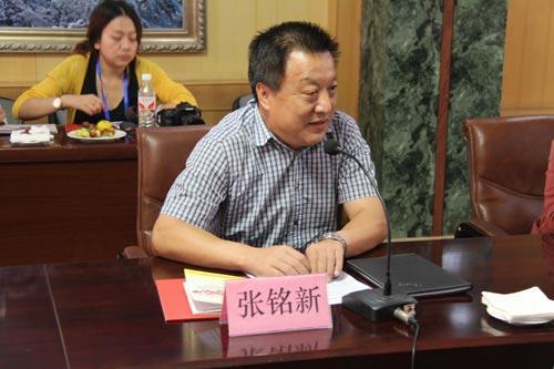泰山酒业总经理张铭新