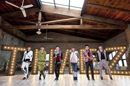 TimeZ组合主打歌MV明日首播成员吻戏备受期