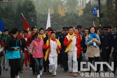 奥运冠军领跑2012北京希望马拉松