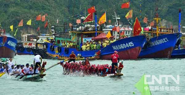 摄于福州连江北茭瑞午节海上龙舟表演