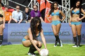 네덜란드서 열띤 ´속옷미녀월드컵´ 경기