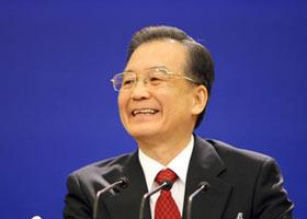 رئيس مجلس الدولة الصينى ون جيا باو يلتقي بالصحفيين المحليين والأجانب