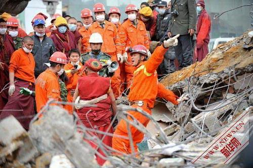 April 17, rescuers were searching for survivors in the ruins in Jiegu Town.