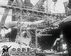 1948年12月,回到人民手中的鞍钢几乎是一片废墟。