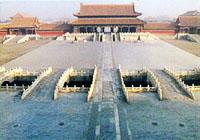 1986年《金銮殿》
