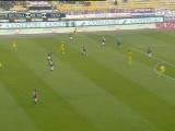 <a href=http://sports.cntv.cn/20111204/120454.shtml target=_blank>[意甲]第14轮:博洛尼亚VS锡耶纳 上半场</a>