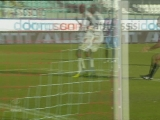 <a href=http://sports.cntv.cn/20111205/109207.shtml target=_blank>[意甲]第14轮:卡塔尼亚0-1卡利亚里 比赛集锦</a>