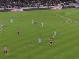 <a href=http://sports.cntv.cn/20120402/107713.shtml target=_blank>[意甲]第30轮:尤文图斯3-0那不勒斯 比赛集锦</a>