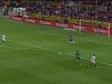 <a href=http://sports.cntv.cn/20120508/108781.shtml target=_blank>[西甲]第37轮:塞维利亚5-2巴列卡诺 进球集锦</a>