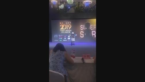 002 陈若萱 00:00:34