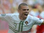 فازت البرتغال على دنمارك 3-2