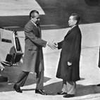 قام الرئيس الامريكى ريتشارد نيكسون بزيارة رسمية للصين