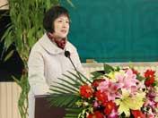 中国传媒大学侯敏教授介绍年度新词语活动情况
