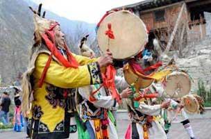 Chine : un festival international du tourisme dans le Sichuan frappé par le séisme