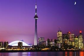 En tant que capitale économique du Canada, Toronto est une ville de classe internationale, ainsi qu´une des villes financières les plus importantes dans le monde.
