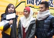 Les amis étrangers présentent la chanson folklorique de Malaisie
