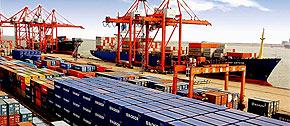 <span class=fs_14 style=line-height:20px;><strong>期待2:解析中国贸易顺差真正原因</strong><br>按照中国海关统计,2010年中国贸易顺差为1831亿美元,其中,加工贸易顺差3229亿美元。也就是说,如果没有加工贸易,中国的对外贸易应该是1398亿美元的逆差。而2011年第一季度中国出现10.2亿美元贸易逆差,加工贸易顺差771.1亿美元。</span>