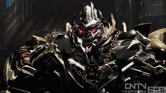 《变形金刚3:月黑之时(Transformers:Dark Of The Moon)》是High Moon Studios开发的《变形金刚》系列第三部作品(以下简称《变形金刚3》)。日前,Activision公布了游戏的最新截图,展示了Laserbeak(激光鸟)、Soundwave(声波)和Warpath(战戟)的造型,并预计将于6月14日登陆PC/Xbox360/PS3等平台。