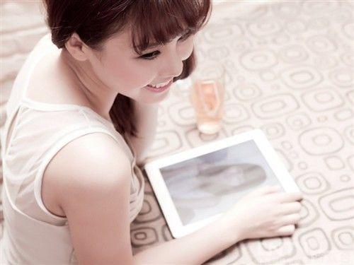 监禁单机游戏_3D游戏美女高清壁纸图片_单机游戏壁纸下载_