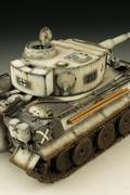 精美战车模型-雪地虎
