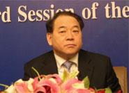 中国重型汽车集团公司董事长马纯济