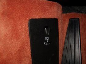 保时捷-保时捷911中控方向盘图片