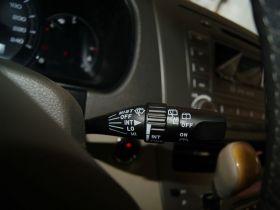 比亚迪-比亚迪M6中控方向盘图片