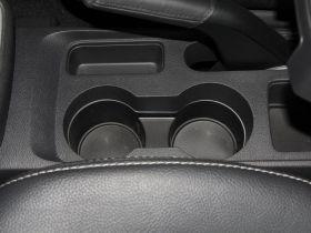 道奇-酷搏车厢内饰图片