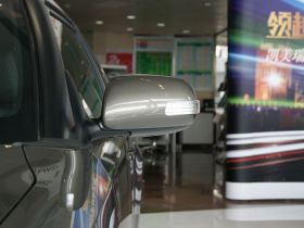 丰田-ZELAS杰路驰车身外观图片
