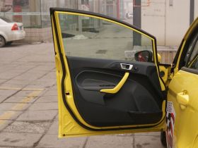 福特-嘉年华车厢内饰图片