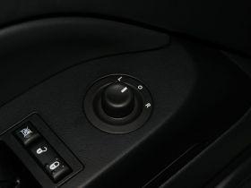 Jeep吉普-自由客车厢内饰图片