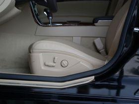 凯迪拉克-SLS赛威车厢内饰图片