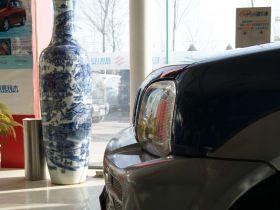 铃木-吉姆尼车身外观图片