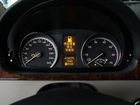 奔驰-唯雅诺中控方向盘图片