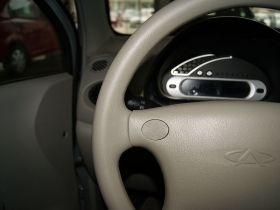奇瑞-奇瑞QQ 3中控方向盘图片
